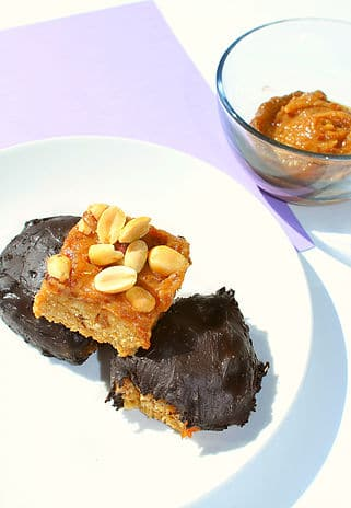 Healthy Chocolate Caramel Bars - grain free, low sugar. high protein chocolate caramel bars
