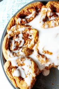 These healthy vegan whole wheat Pumpkin Cinnamon Rolls are perfect for a delicious and nutritious dessert! Way better than store bought, this home made recipe uses yeast to rise the dough and make them ultra fluffy! #vegandesserts #healthydesserts #cinnamonrolls #pumpkin #wholewheat #HealthyHacks