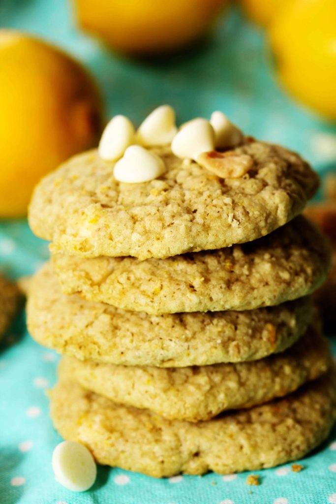 These Lemon White Chocolate Macadamia Nut Cookies are like a visit to the beach in cookie form! Make a batch of these crispy cookies today and be transported to a tropical paradise. Couldn't we all go for that ;)