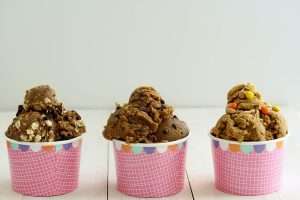 These 3 recipes for healthy high protein eggless edible cookie dough is going to be your new favorite healthy snack! It's so quick and easy to make, is refined sugar free, vegan, gluten free, and low fodmap. It's also paleo friendly. Take 5 min and go make some! #cookiedough #chocolatechip #ediblecookiedough #healthydessert