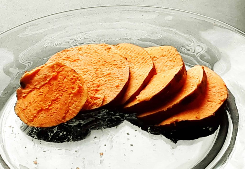 How To Make Sweet Potato Flour Without a Dehydrator. This method is easy and doesn't require any expensive equipment!