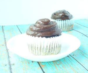 Healthy Buckeye Brownie Cupcakes - gluten free chocolate brownie cupcakes with a peanut butter filling